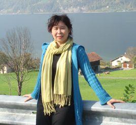 县华侨文化研究会聘请海外华语作家张翎为海外顾问