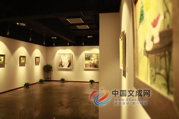 《梦里花落知多少》  刘梅子画展在京开展