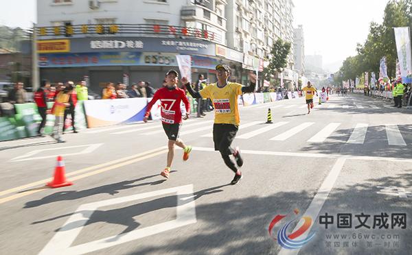 奔跑吧!各路精英齐聚文成最美赛道邂逅马拉松激情
