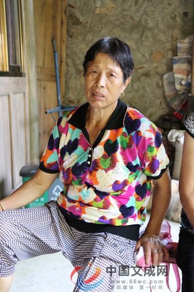桂竹村:季正梅