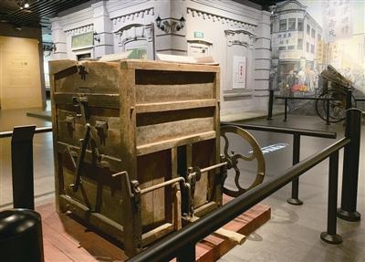 带你见识一下我国最早的铁木结构弹棉机 听听永嘉弹棉手艺传承人的故事
