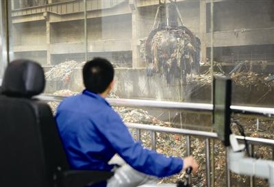温州垃圾分类8月开始强制实施 记者探访处理厂