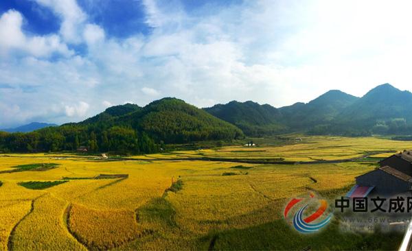 秋季农舍风景图片